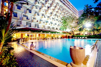 Welcome to Golden Beach Hotel, Pattaya, Thailand